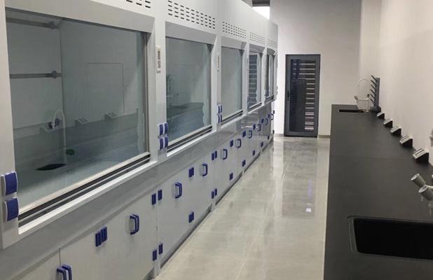实验室中的实验台台面该如何选择